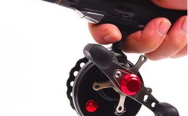 Мультипликаторная катушка с фрикционом для зимней рыбалки